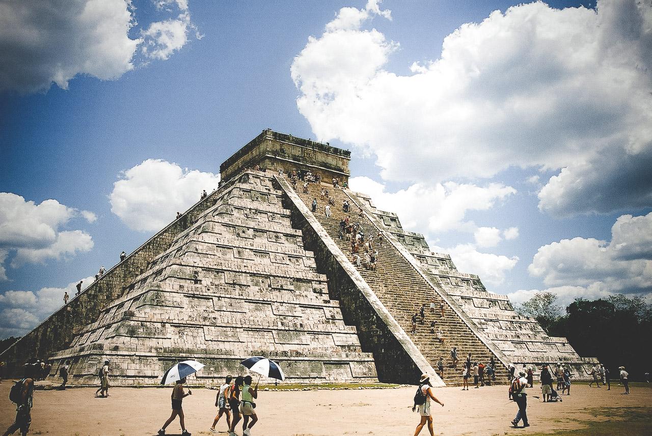 Chichén Itzá El Castillo Mexico 2003