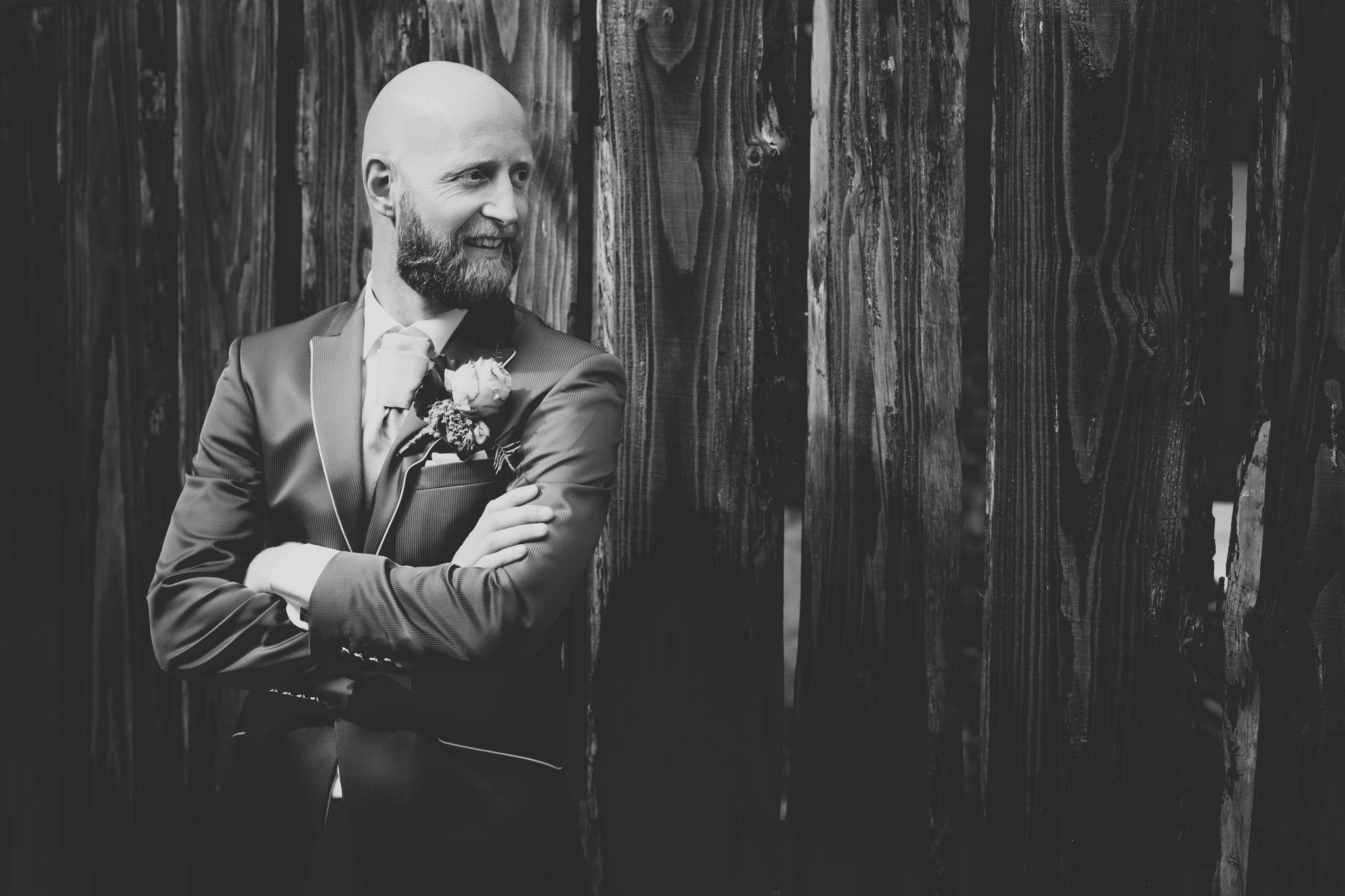 Fotograaf veendam zwart wit portret bruidegom