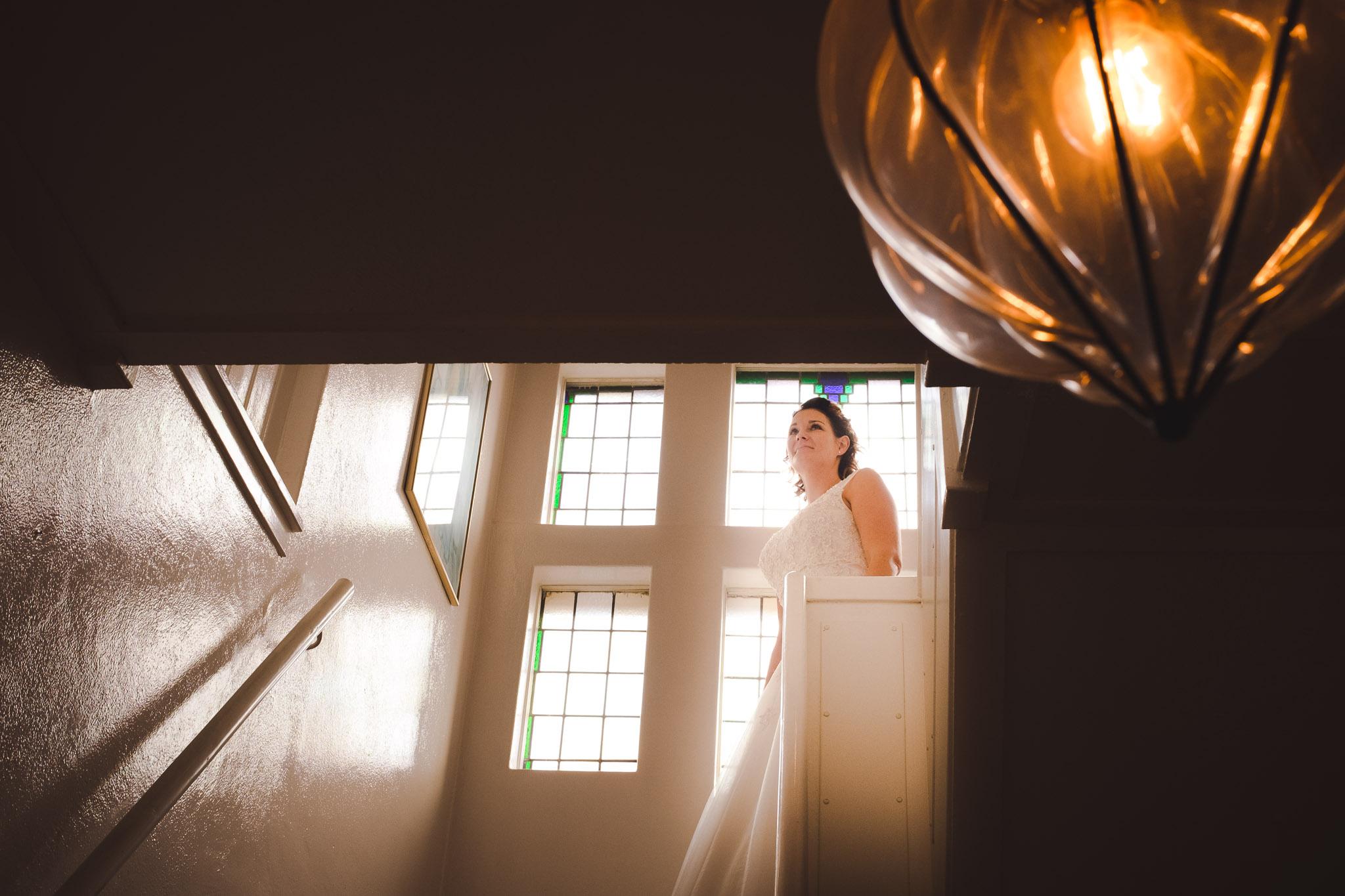 portret bruid de trap af zuidlaren