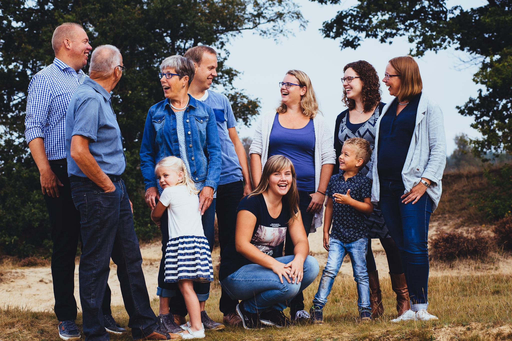 spontaan origineel familie portret in zeegse